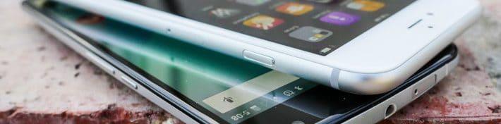 en dessous, un écran 2,5D Glass