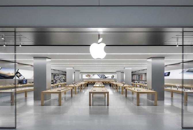 Apple ne contredit pas les thèses selon laquelle l'obsolescence programmée serait pratiquée.