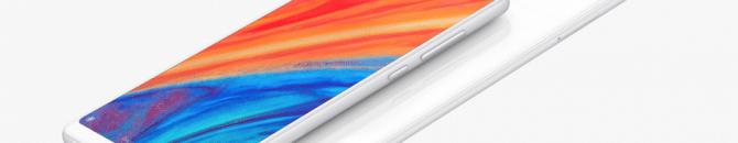 Le Xiaomi Mi Mix 2S arbore un très joli design, avec une face arrière en céramique.