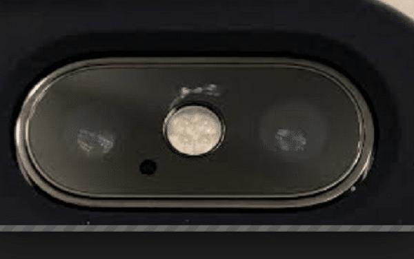 iPhone X capteurs flash
