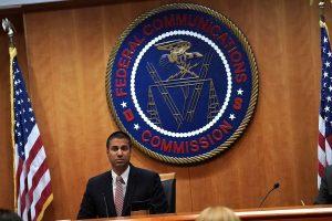 Ajit Pai met définitivement Huawei de côté en interdisant leurs services aux opérateurs américains