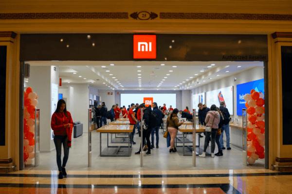 Xiaomi ouvre beaucoup de Mi-Store pour que les clients puissent se décider plus facilement.