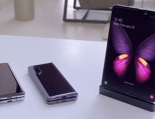 Après le Galaxy Fold, la mode des smartphones pliables à clapet rattrape Samsung.